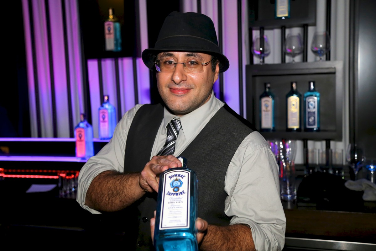 Behind the Bar – Philip Khandehrish