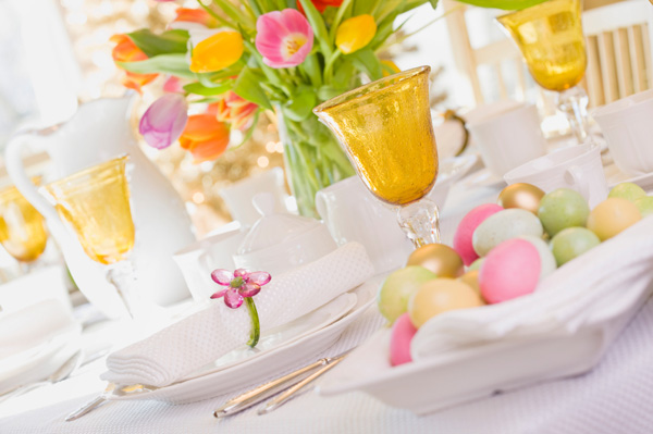 easter-brunch-table